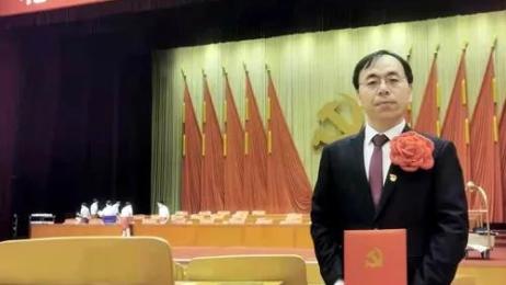段兴中老师获评北京市优秀党务工作者